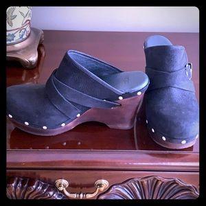 Ugg Australia Black Mules/Slides-Never worn